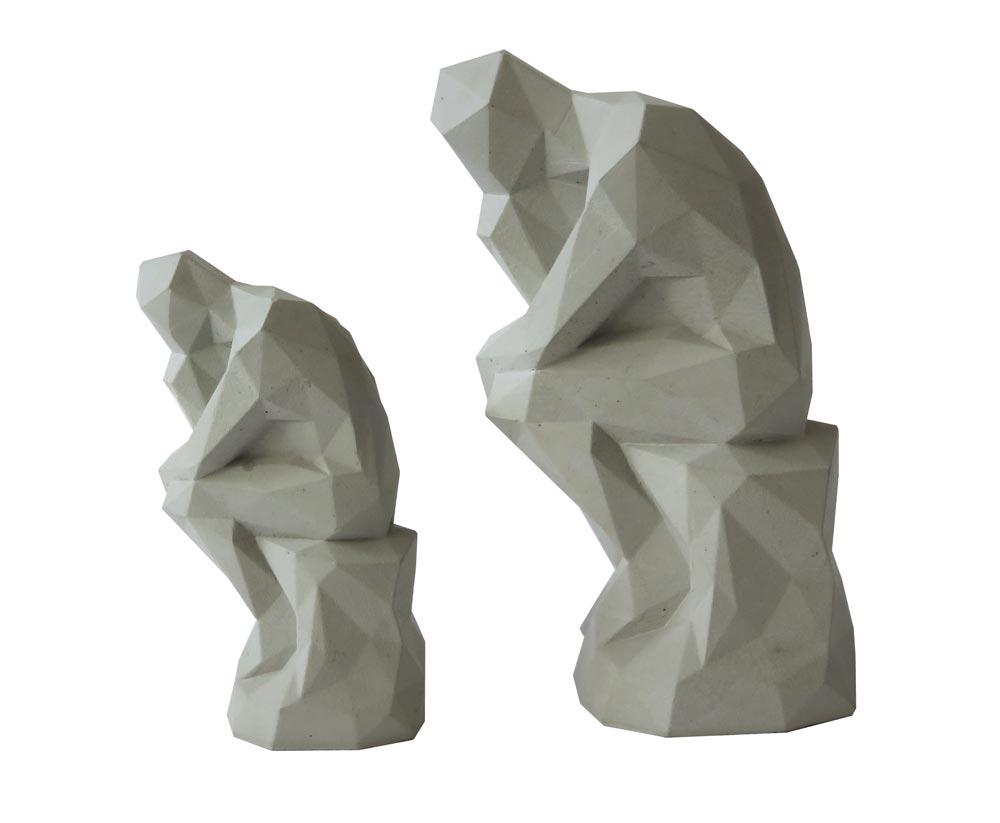 Concrete Think statue De denker standbeeld beton